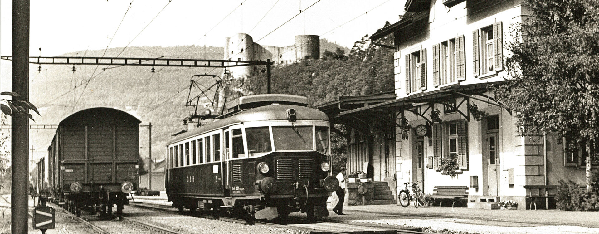 Geschichte - Oensingen-Balsthal-Bahn AG