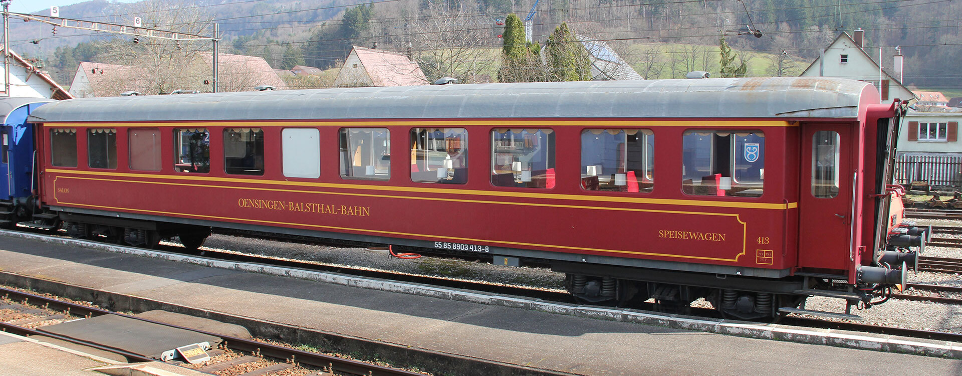 Salon- & Speisewagen - Oensingen-Balsthal-Bahn AG